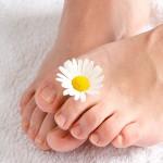 Selbst bei regelmäßiger Fußpflege kann man Nagelpilz bekommen.