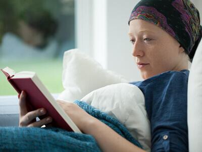 Es gibt verschiedene Krebsarten. Eine davon ist die Leukämie.